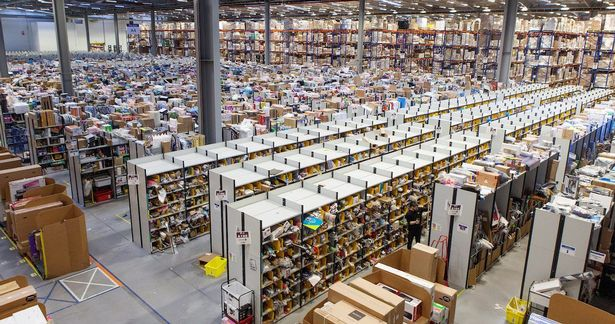PAY-Amazon-distribution-centre-Dunfermline